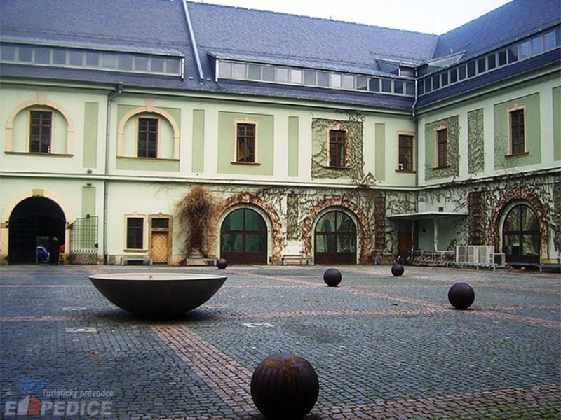 olomouc chatrooms Bedrooms 2 rental in loučná nad desnou, czech republic check availability or book online compare more than 10 million vacation rentals around the world.